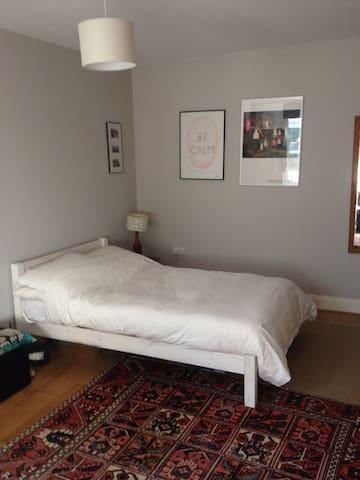 five-foot double, new memory foam mattress