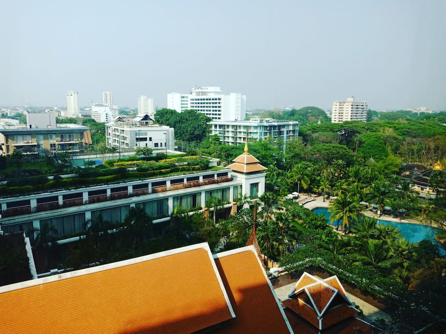 Best Garden view in the city from room terrace (5 Star hotel view Shangri-la hotel)
