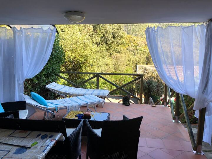 Privacy in collina ma 1km dal mare