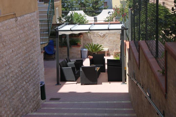 Gargano Casa Vacanze con servizio colazione - Vico Del Gargano - Apartamento
