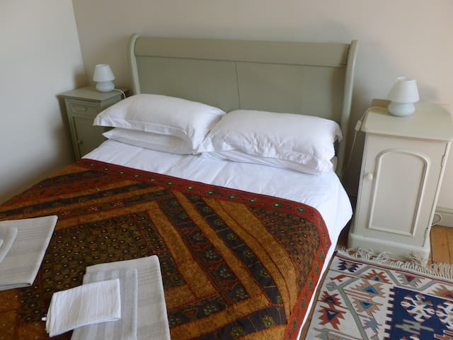 Gouvix Priory - Lakes double room - Gouvix