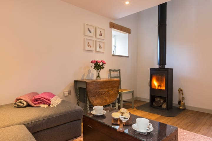 The Hayloft - A Romantic Boutique Retreat - Camborne - Huis
