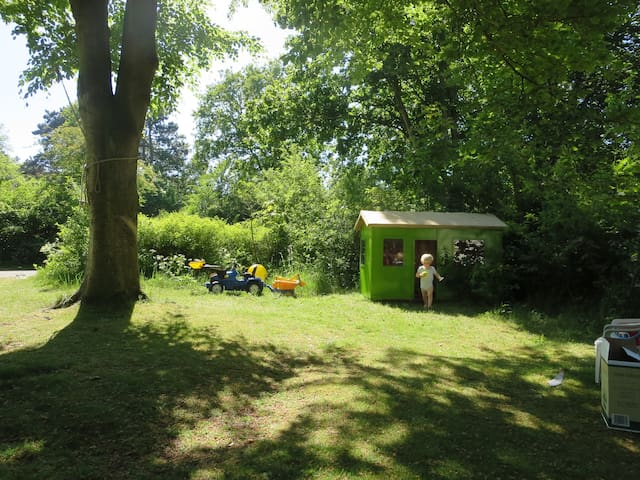 Lovely seaside caravan in the woods - Castricum - Camper/Roulotte
