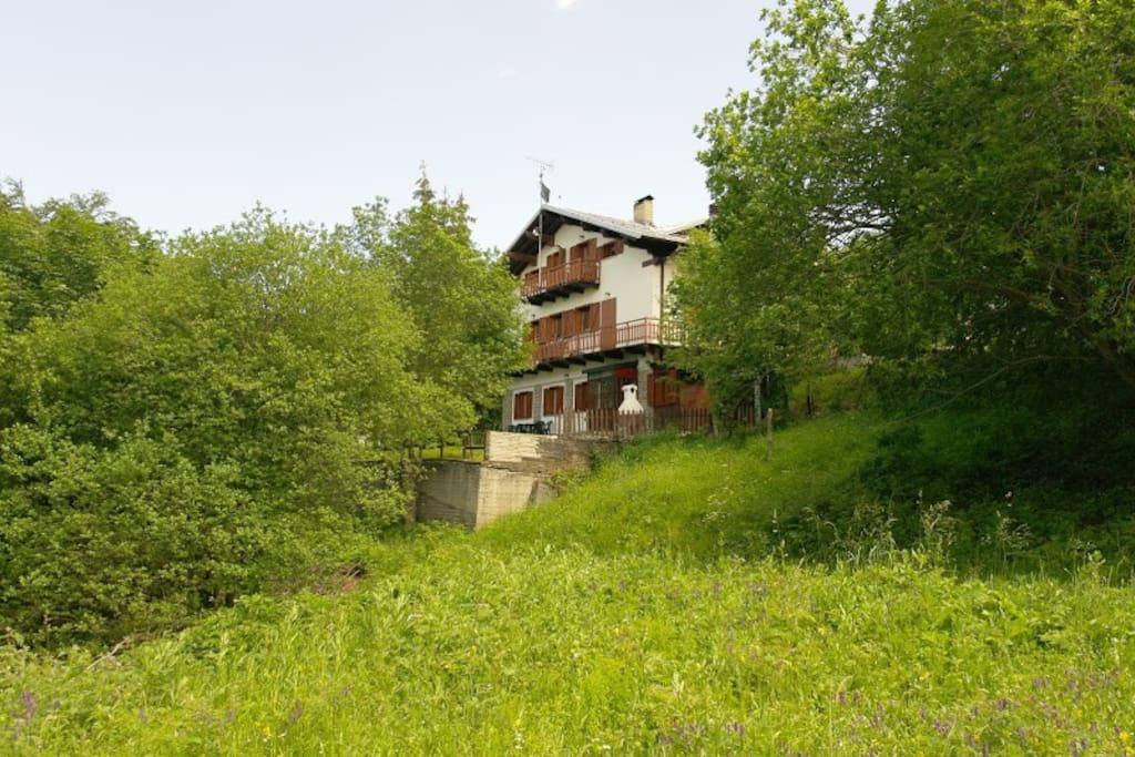 Villa immersa nella natura