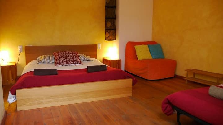 Apartment-loft in Besalú