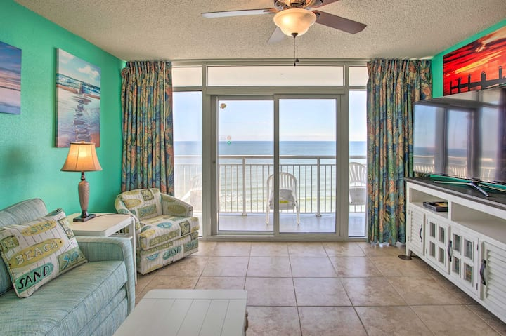 NEW! Oceanfront Condo w/ Lanai, Walk to SkyWheel!
