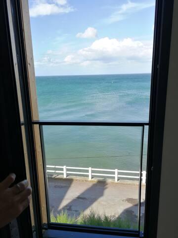 Vue depuis la chambre coté mer au 2eme étage