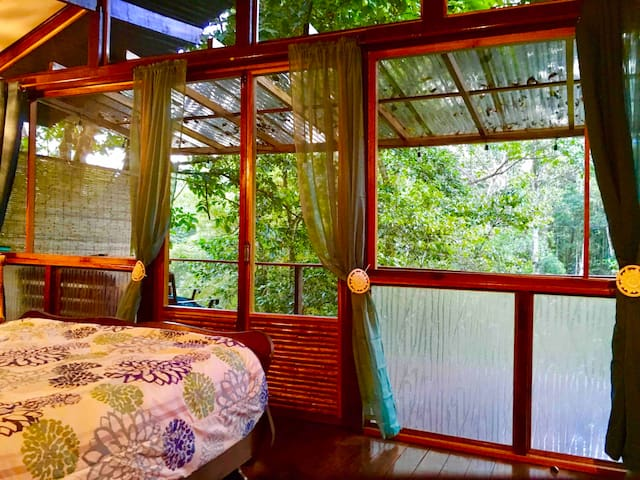 TREEHOUSE the Sloth, Romantic & Plunge Pool