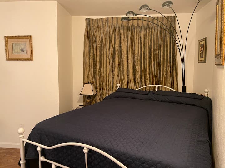South Redlands VIP Bedroom Suite 2 & Private Bath