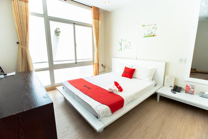 Standard Room, Nguyen Thi Thap Street