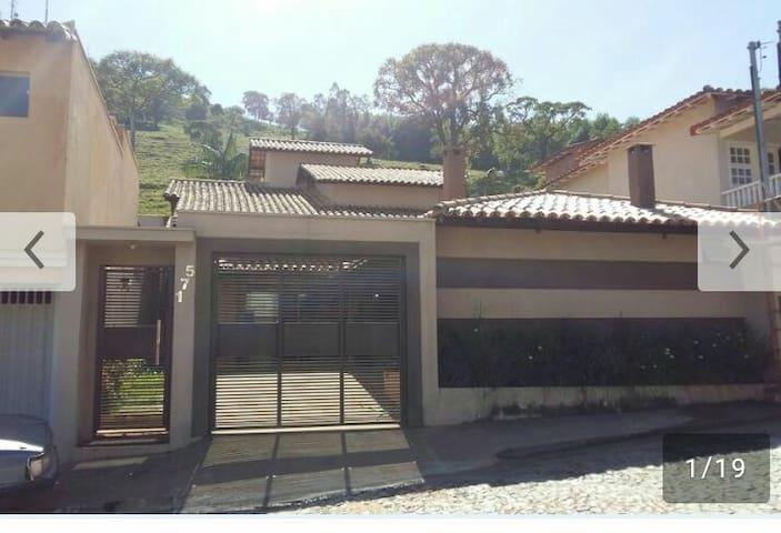 Casa em Capitolio Patricia Lima