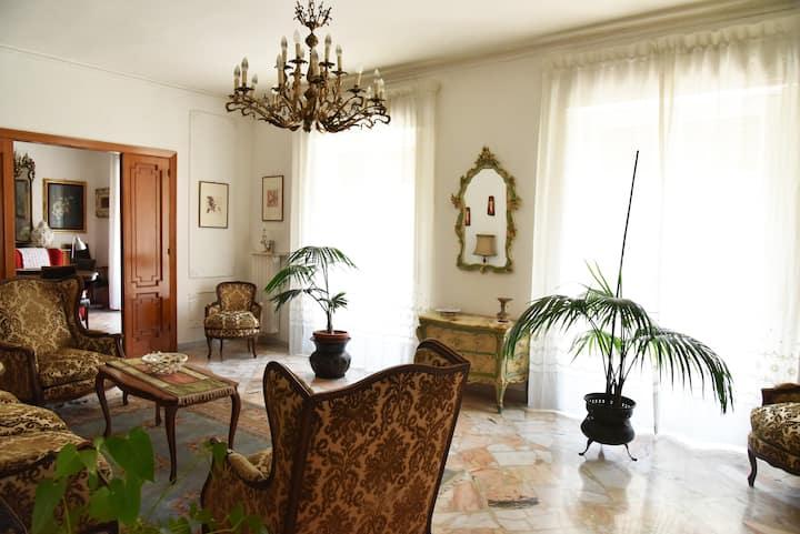 Bright and spacious period apartment