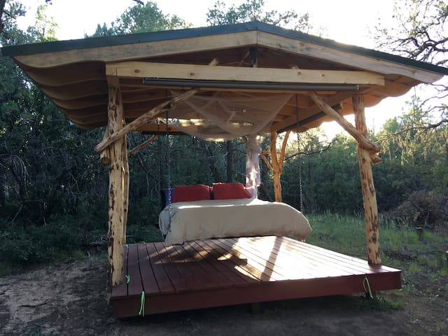 Blue Desert Glampground - Sleeping Porch