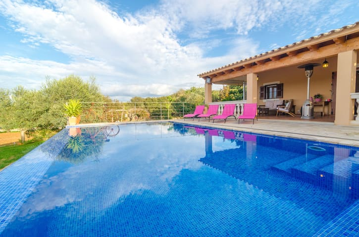 Can Roca - nice villa with pool - Costitx - Casa