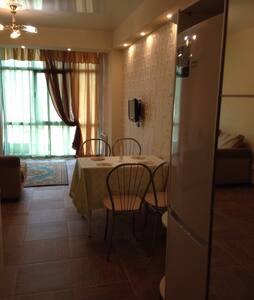 Уютная квартира в центре Хосты - Хоста - Apartment