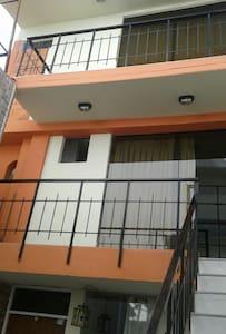 Habitacion comoda, amplia - Cayma District - Ház