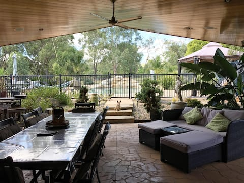 Cooby View Farm Stay