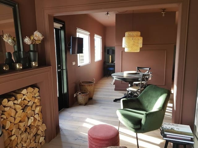 INNI 4 - Studio with patio