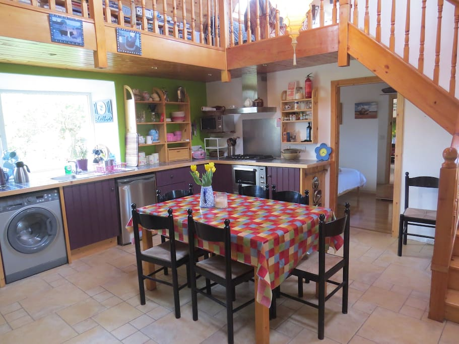 Comfortable cottage on Galway Bay