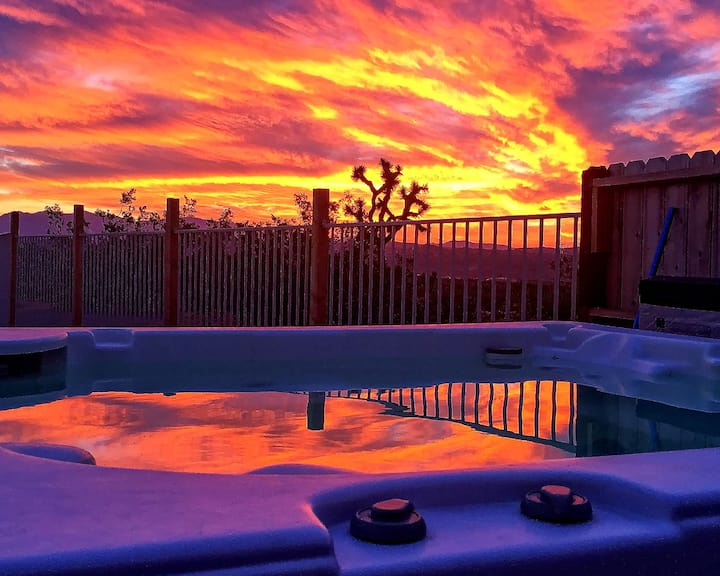 Sidewinder Vacation Retreat Unit A with Spa & Pool