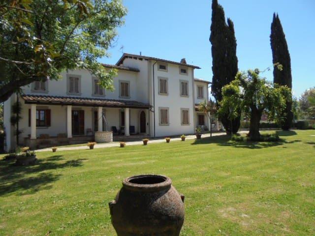 VILLA SANTANGELO    GREEN   UMBRIA  - Collescipoli Terni - Casa de campo