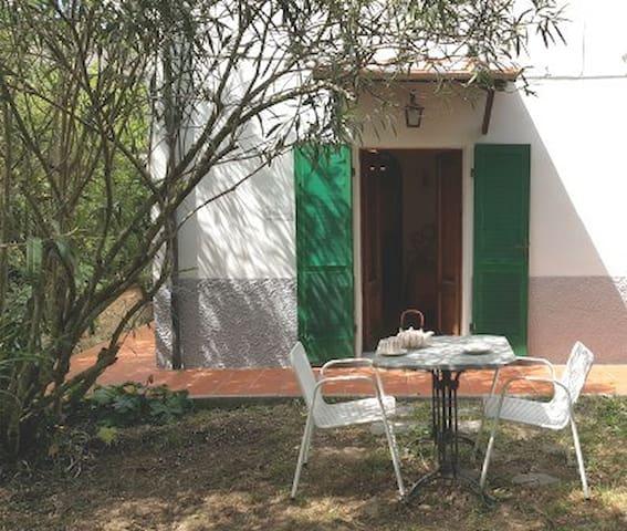 I GECHI  - tipica colonica con giardino alberato - Campo nell'Elba - Apartment