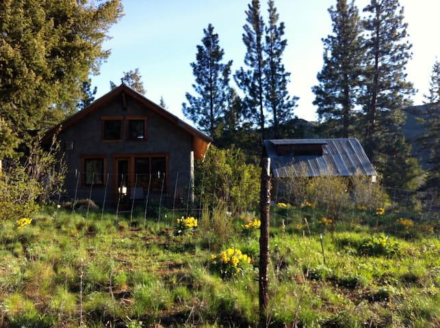 Cub Creek Cabin, Methow Valley, WA - Winthrop - Hytte