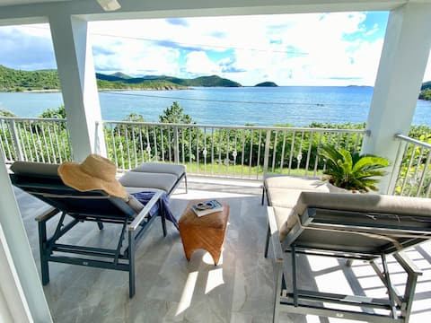 Waterfront Cottage with private beach!