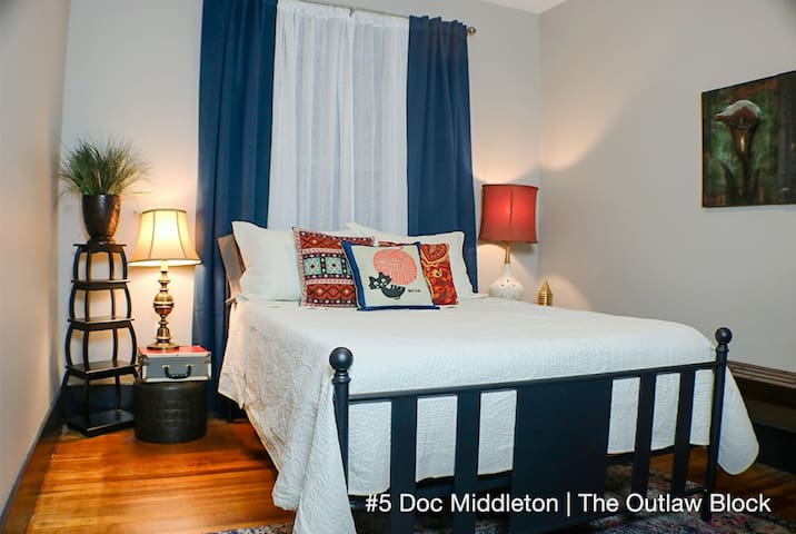 Double Bed Bedroom - Historic Boutique Hotel