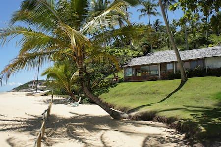 Charming house Espelho Beach Bahia