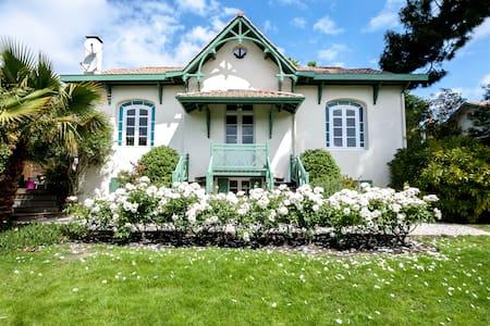 Charme et confort (annexe Villa) - Аркашон - Шале