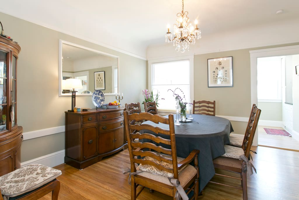 Beautiful 3Br  2.5 Bath Edwardian