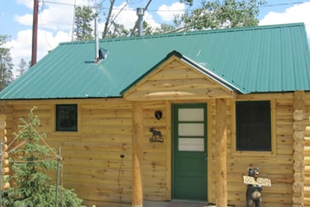 LOG CABIN IN PERFECT LOCATION! - Winter Park - Kabin