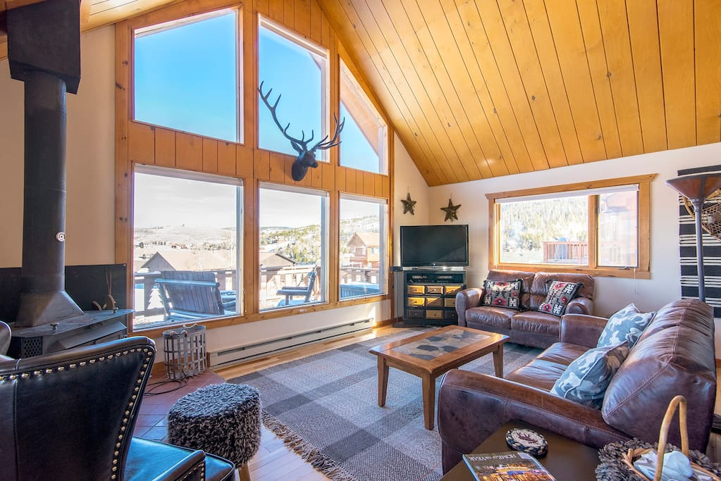 TV, DVD, movies, games, books to keep you busy if you get bored of the majestic mountain views.