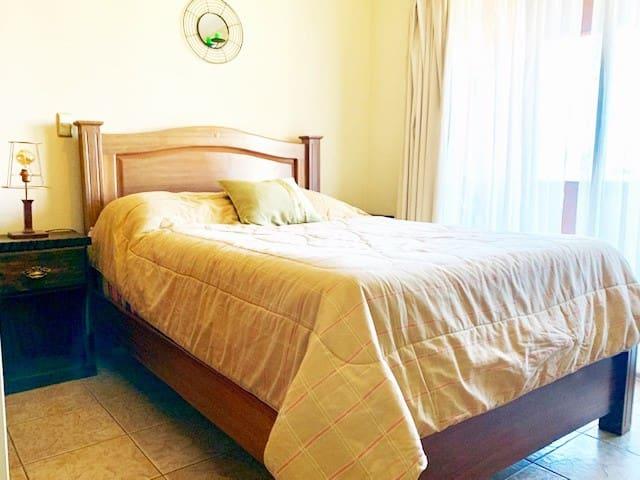 Hermosa habitación en un lugar tranquilo y seguro