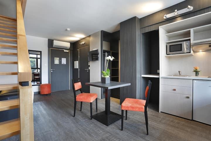 45m2 duplex Apartement with Air condioning