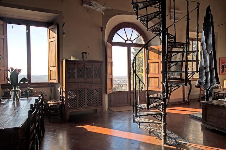Beautifull historic 240sqm home, Florence hills