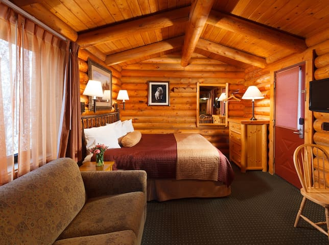 King Studio Log Cabin