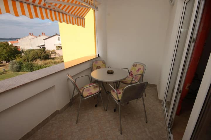 One bedroom apartment with terrace and sea view Štinjan, Pula (A-7423-b)
