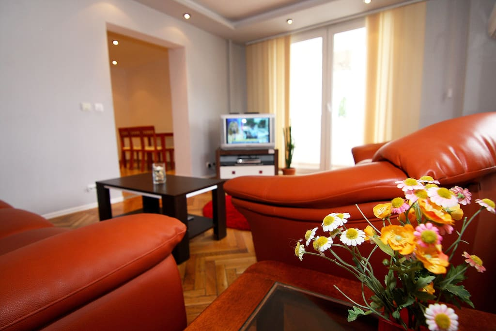 Victoriei hilton apartments for rent in bucharest for Bucharest apartments