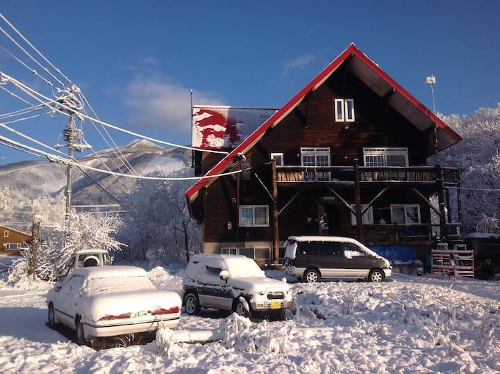 永遠不滅のニセコ東山GハウスHigashiyama guest House 103