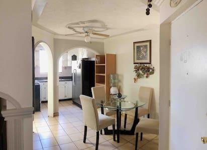 Casa privada, cómoda y funcional - wifi