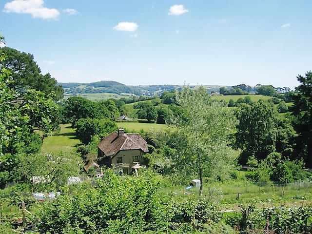 Holyford self-contained flat on eco-smallholding - Colyford - Apartemen