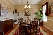 The DESSERTed dining room!