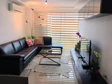 3 bedrooms flat. Fits for families w all facilites