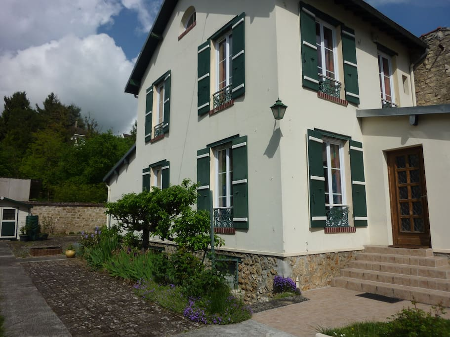 Chambre privative welcome maisons louer hardricourt le de france france - Chambre a louer ile de france ...