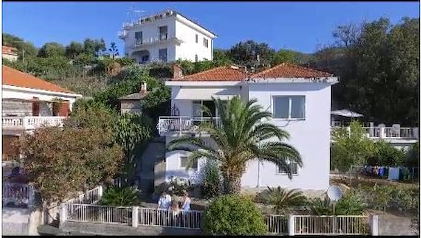 Villa sul Mare: Grandioser Meeresblick!