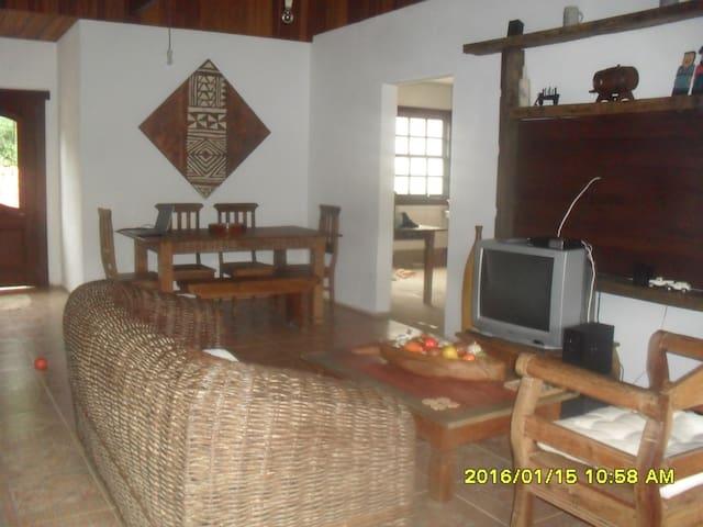 Alugo para temporada em Bichinho - Prados - Rumah