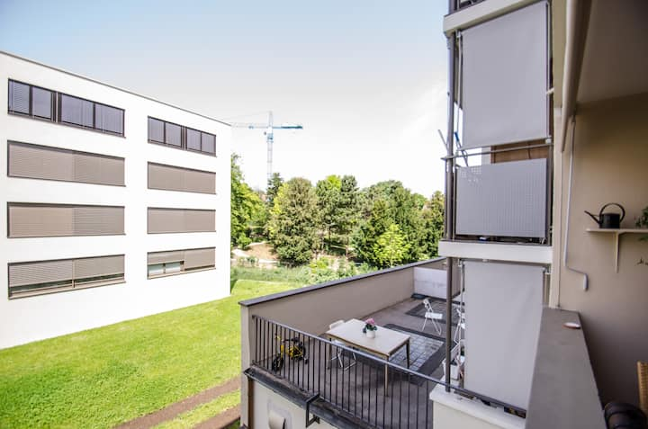 Nice Apartment- Just 5 Min to City!