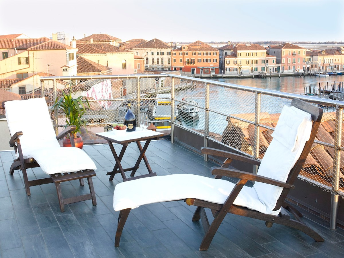 Best Airbnbs In Venice Italy